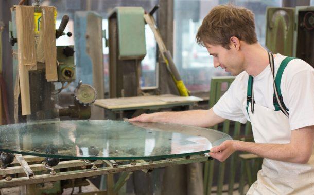 Csiszolóanyag üveghez, ahogy arra a szakemberek igényt tartanak